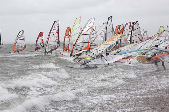 gal/2008/Fat_Face_Festival/Fatface-night-windsurf008.jpg