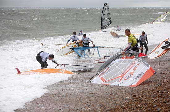 gal/2008/Fat_Face_Festival/Fatface-night-windsurf041.jpg