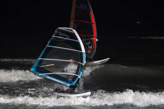 gal/2008/Fat_Face_Festival/Fatface-night-windsurf129.jpg