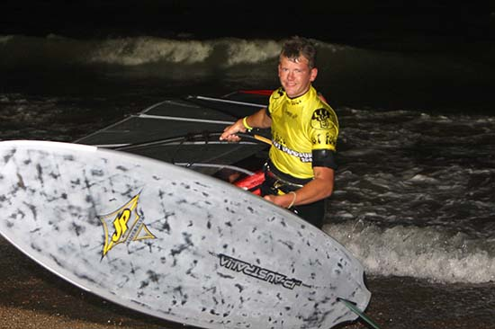 gal/2008/Fat_Face_Festival/Fatface-night-windsurf131.jpg